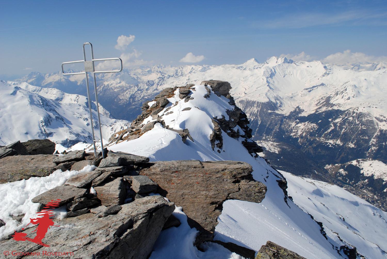 Croce di vetta al Pizzo Mater 3025m