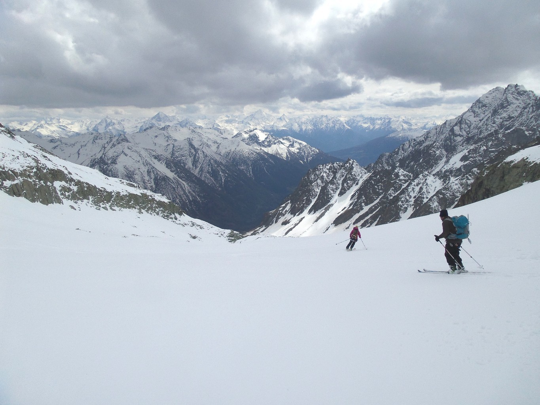 Par des combes jusqu'à l'alpage du Chardoney