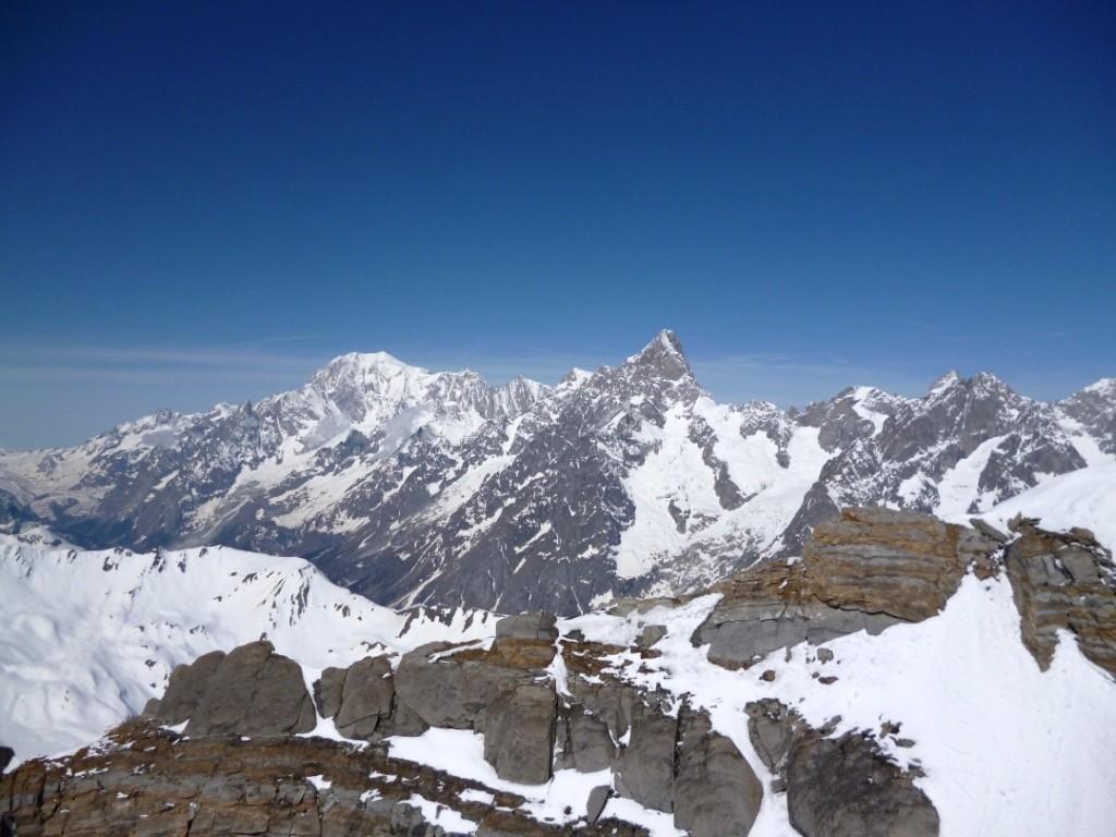 Panorama de rêve au sommet (ici, Mt Blanc et Grandes Jorasses)