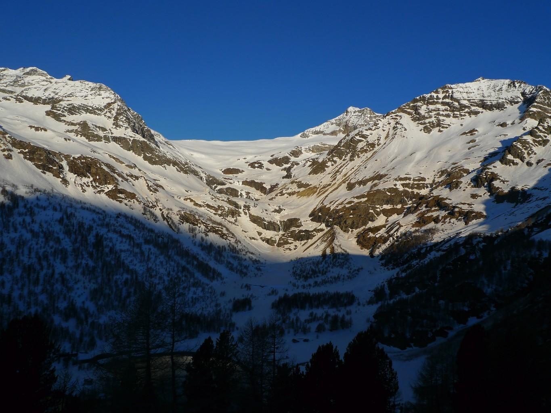 L'itinerario di salita dall'Alpe Grum