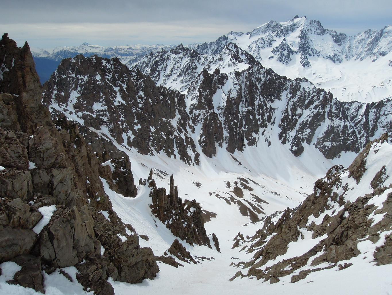 Au sommet du couloir SE, vue sur le vallon de la Route et l'objectif du jour (quelle vue magnifique!)