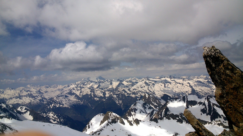 Depuis le sommet, Vignemale