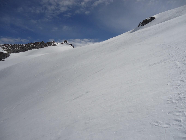 Monte Sissone: in fondo, la Cima di Rosso che saliremo dopo