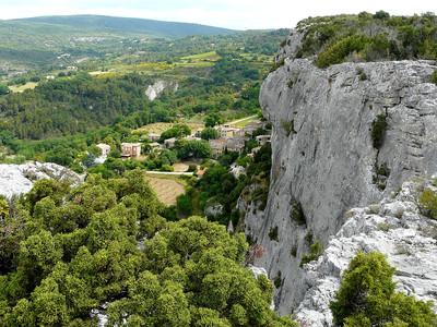 Lioux - Falaise de la Madeleine