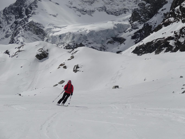 Excellent ski en bas du glacier de Pièce