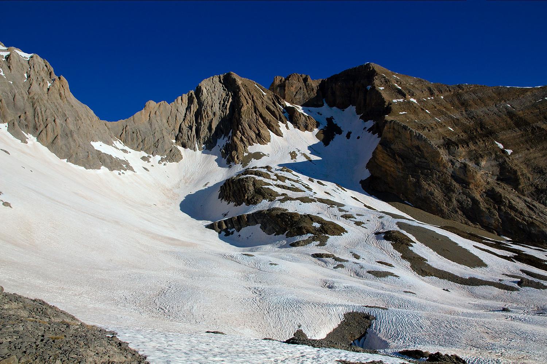 Pic d'Espouy, punta de las Coronas depuis le pied de l'arête NE du Cotiella