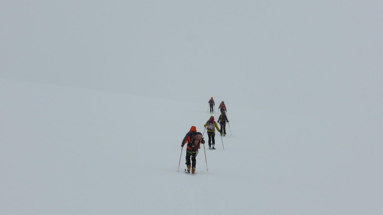 Sur le glacier Scerscen Superiore dans le brouillard