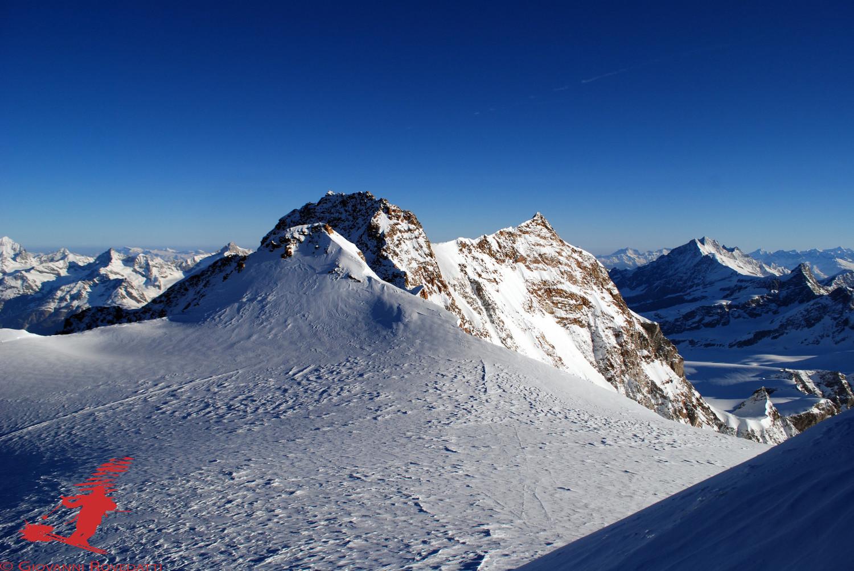 Punta Zumstein 4563m, Dufour 4633m e Nordend 4609m, dalla Punta Gnifetti 4554m