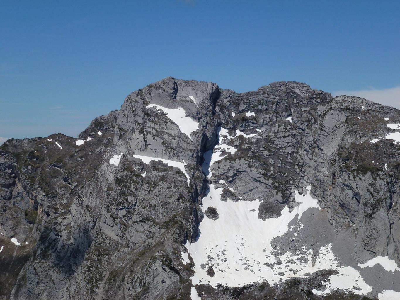 Gros plan sur l'Arcalod (voie normale)