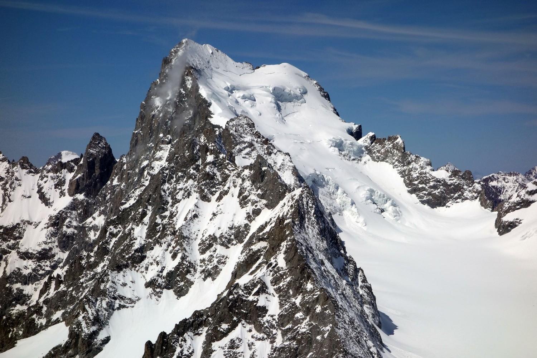 Vue sur la Barre depuis le sommet