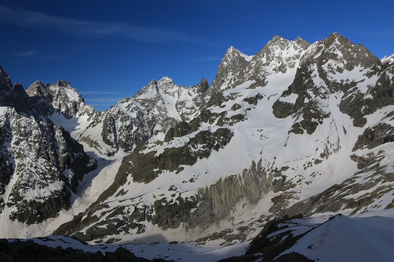 Vue générale de l'itinéraire d'accès au vallon de Serre Soubeyran