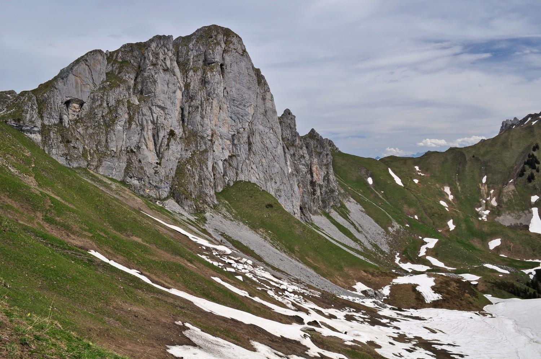 pavis sommet 2052 m.