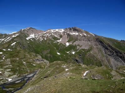 Mont Ouille à droite et pointe du Fornet à gauche