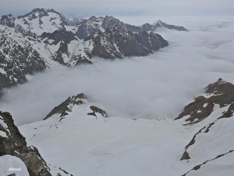 Versant Italien la mer de nuage.