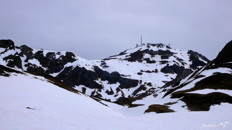 Le Pic du Midi domine la Coume d'Oncet