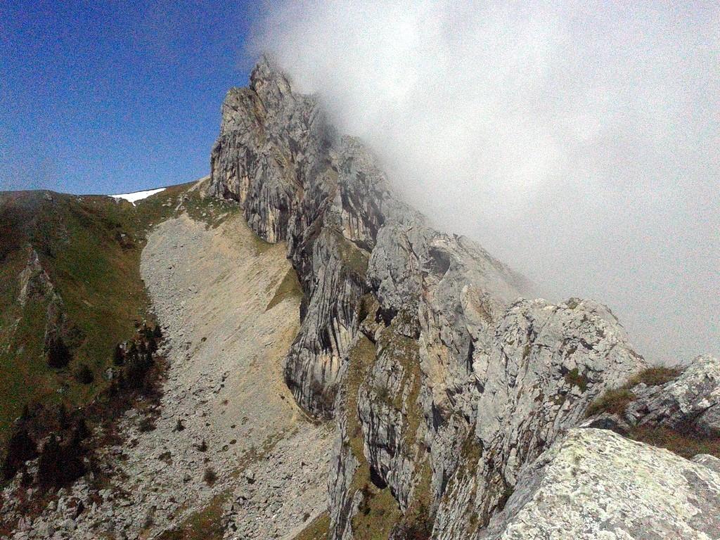 L'arête sud du Cornafion, que l'on suit pour arriver au sommet