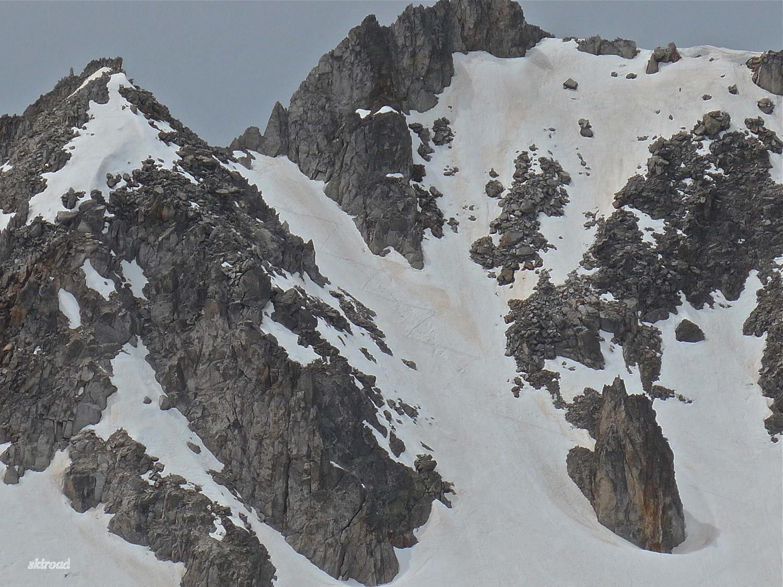 Au Zoom, mes derniers mètres de montée à Margiole dans une neige trop ramollie.