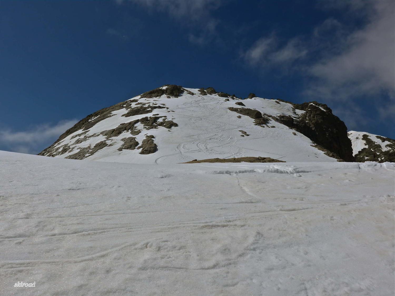 La descente de Dente del Vallone prise du haut du Couloir NE.