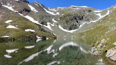 Lac Noir sous le col d'Entrelor