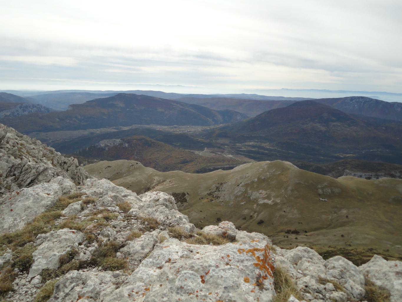 Préalpes de Castellane, vers l'Est.