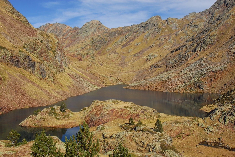 L'estany i la vall d'Areste