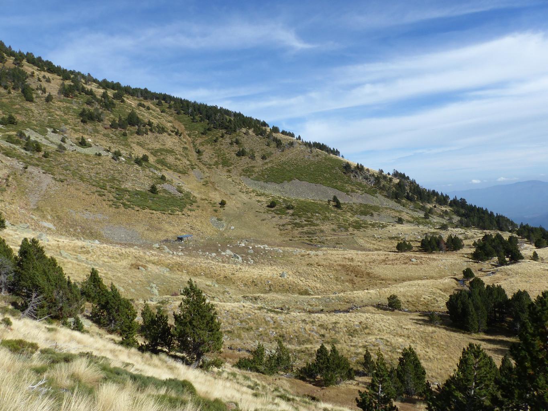 Le Pla del Mig vu depuis l'ouest - on devine la montée au Pelats