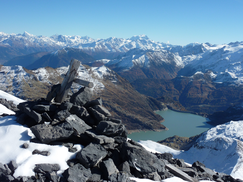 Du sommet du Pic de Tenneverge