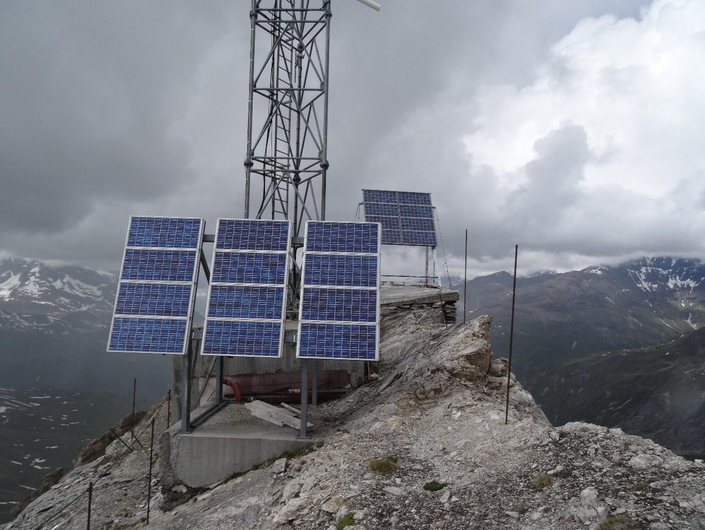 L'antenne au sommet