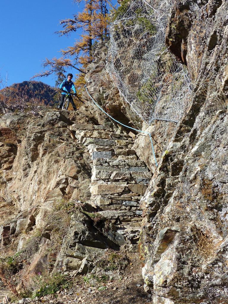passage expo à la descente sur le sentier de retour