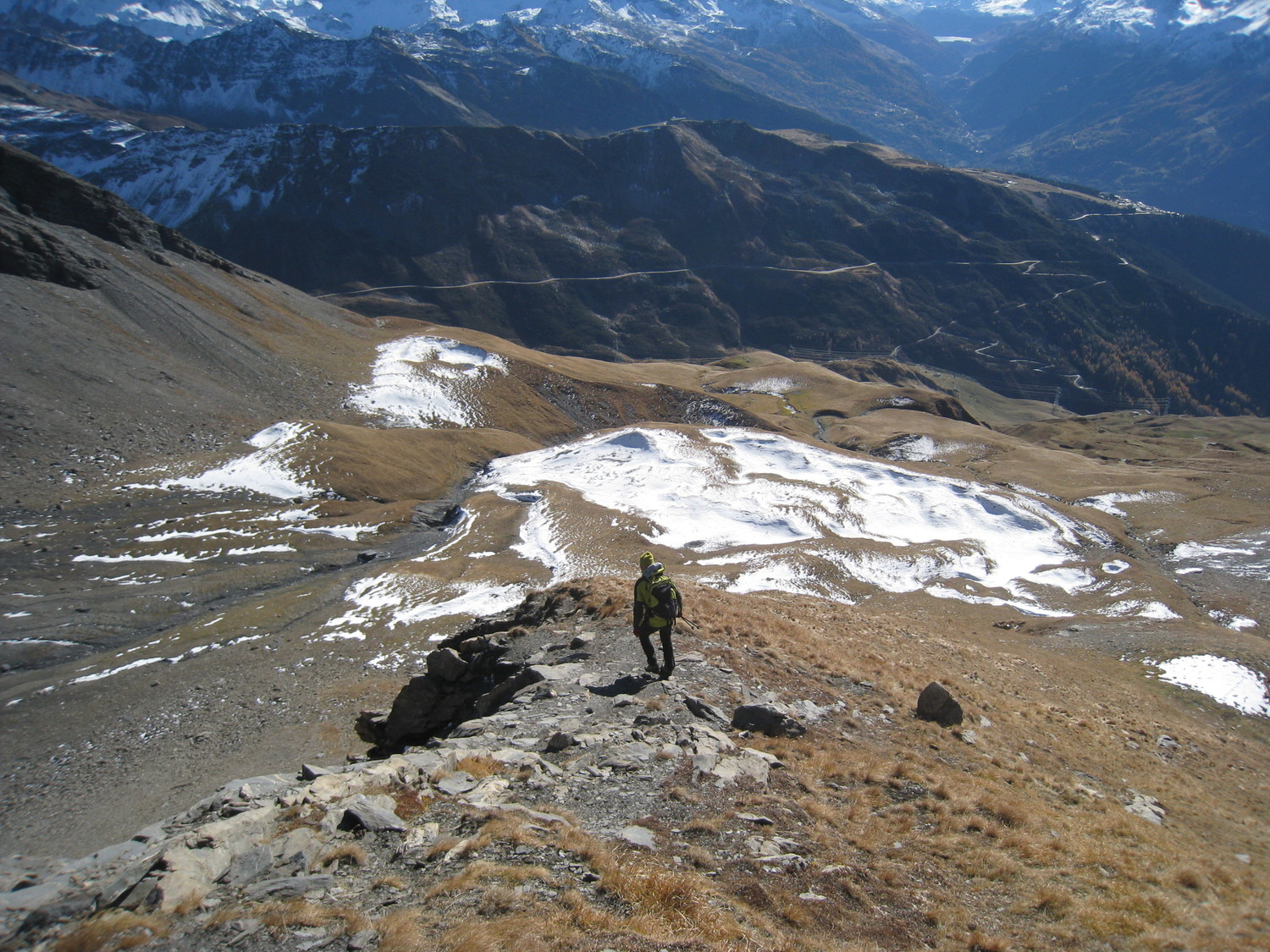 Alain à la descente vers petit plateau- Pte 2795m