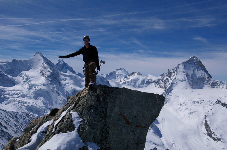Rocher du Blanc de Moming, Bruno carresse le Matterhorn