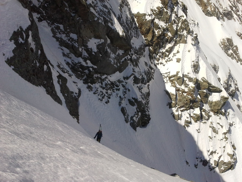 Dans la rampe (belle ambiance alpine)