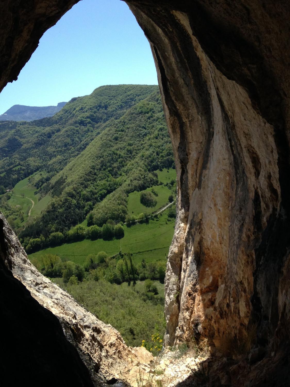 Sortie de la grotte dans la falaise, premier rappel