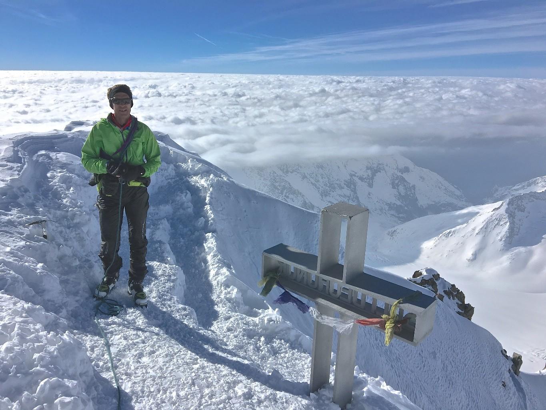 Météo vers le S - sommet Finsteraarhorn