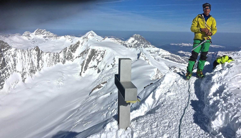 Météo vers le N - sommet Finsteraarhorn