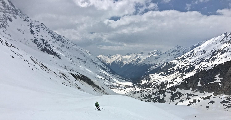 Conditions d'enneigement en bas du Langgletscher