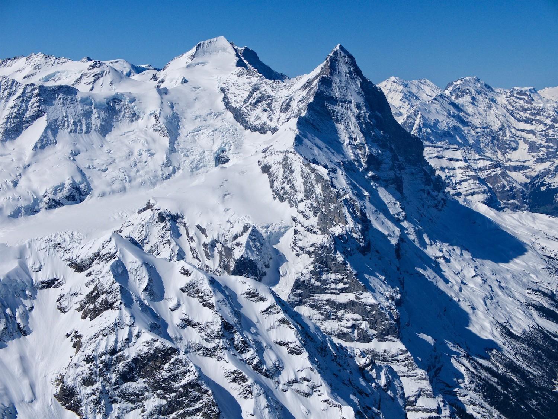 Faces NE du Mönch et de l'Eiger