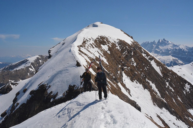 arrivée au sommet 2359 m.