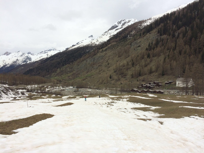 Probablement les derniers mètres de ski de l'hiver