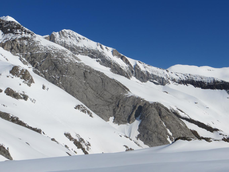 Crête de montferrat, bas du glacier d'Ossoue