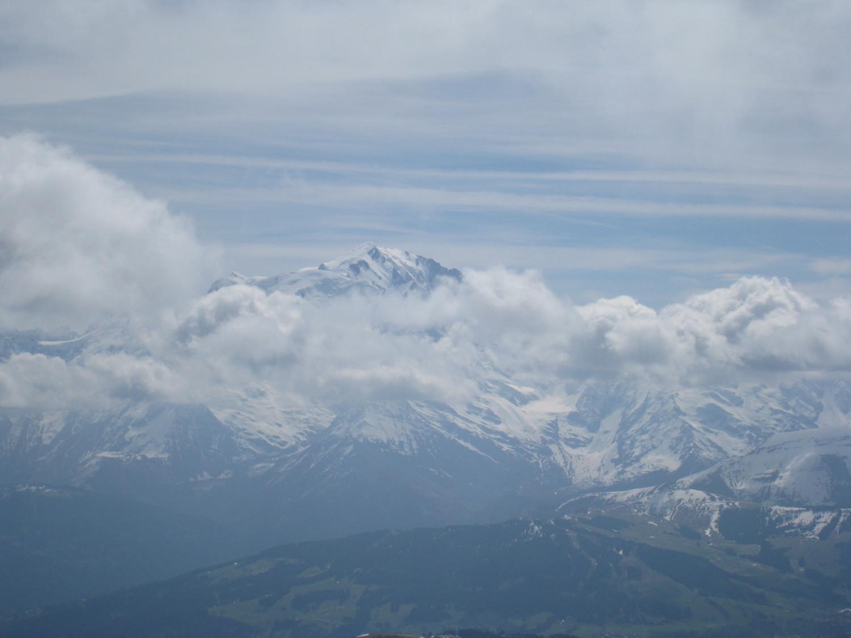 Mt Blanc émerge de la mer de nuages- col de la Balme