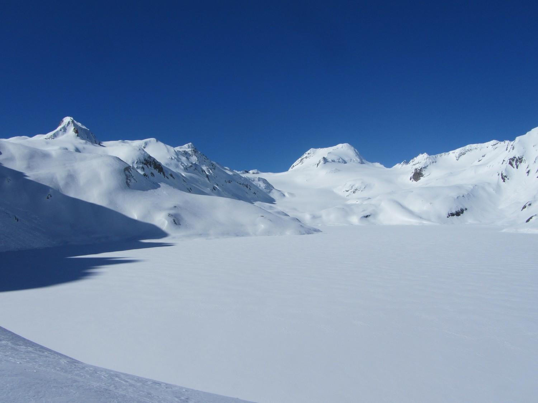 Lago ghiacciato e Arbola