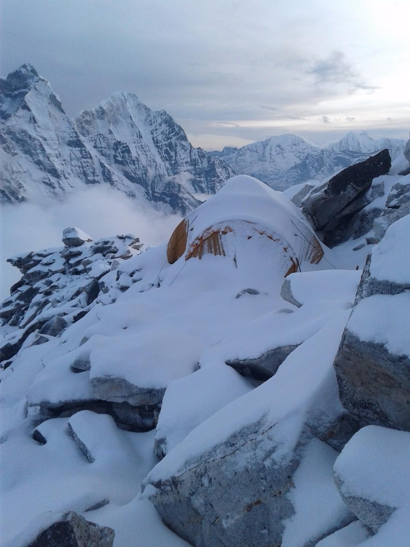 Ama Dablam, May 8, 2016 : retour au camp 1 sous la neige