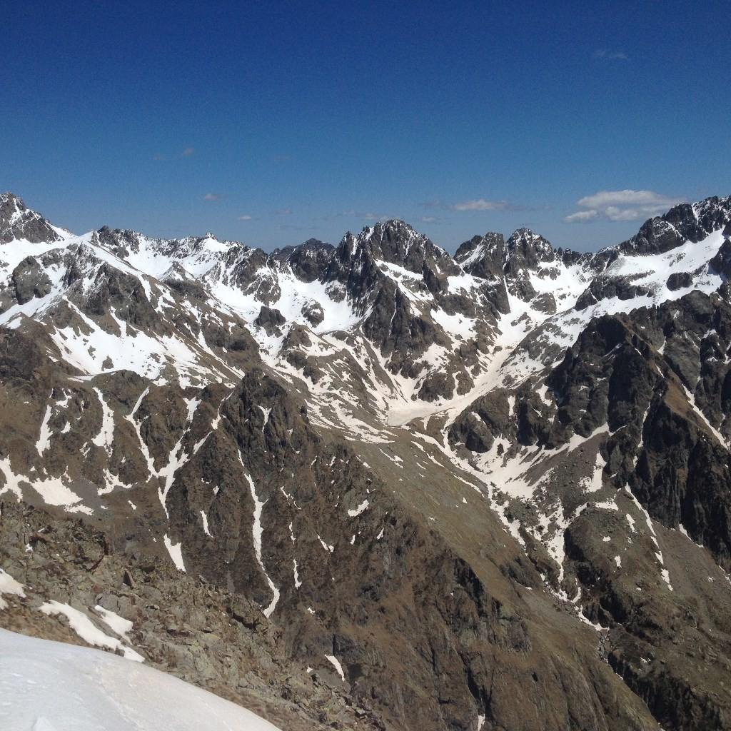 Tete Nord du Basto (2794m) et la Tete Sud du Basto (2767m)
