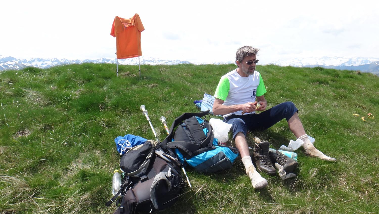 Un repas bien mérité au sommet du pic d'Escalès