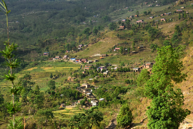 Dans la montée à Ghodepani