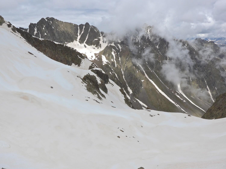Du Passo Alto del Vallon vue sur la Brèche des Deux Frères.