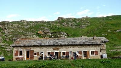 Col Nivolet - Refuge Savoia