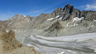 La vue de l'épaule SE de la Vierge - Haut glacier d'Arolla