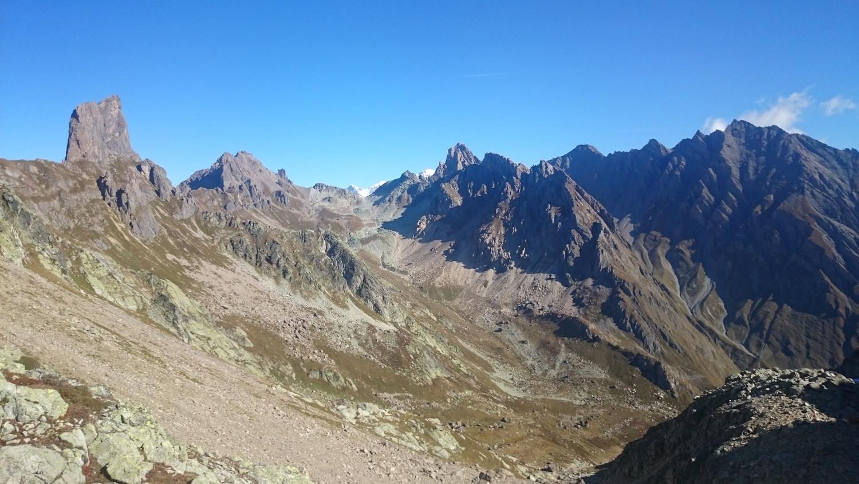 Du col de la Charbonnière vers la Pierra Menta et le Mont-Blanc